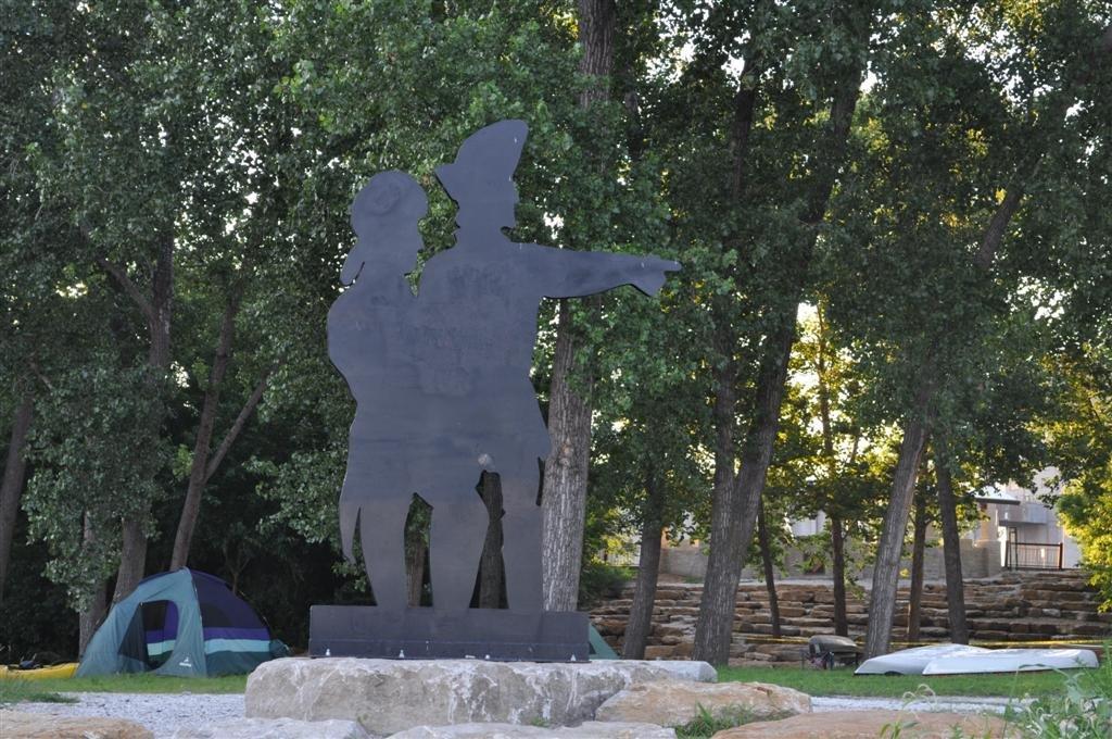 Lewis and Clark silhouette at Kaw Point, Kansas City, KS, Винфилд