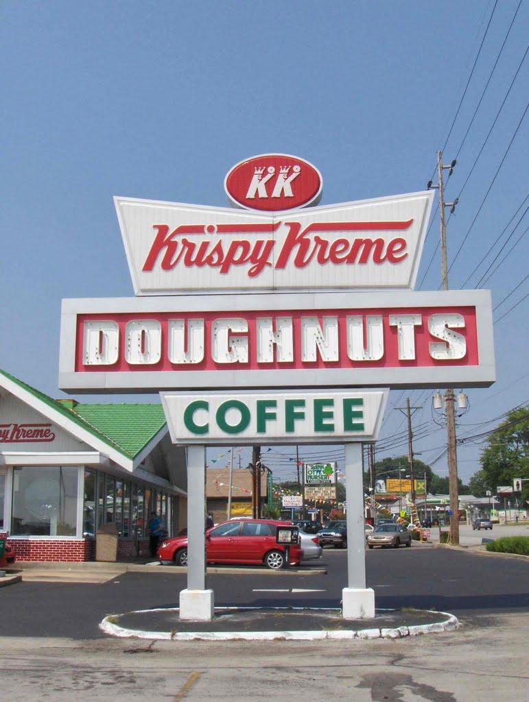 Krispy Kreme sign, GLCT, Сенека-Гарденс