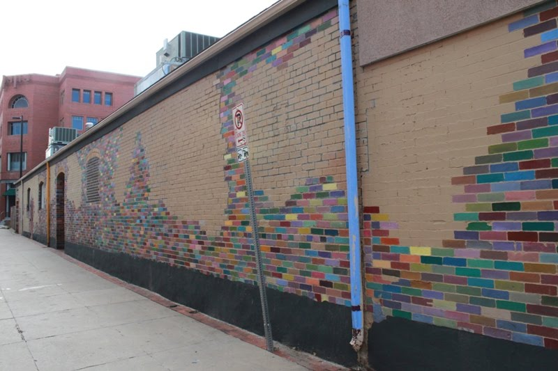 Colorful Brick Wall, Боулдер