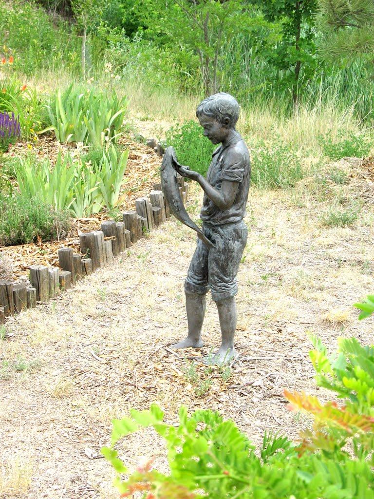 Statue along Lee Gulch Trail, Литтлетон