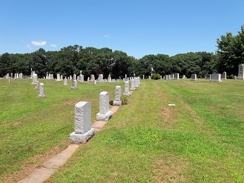 St James Catholic Cemetery - Monuments In A Row, Манчестер