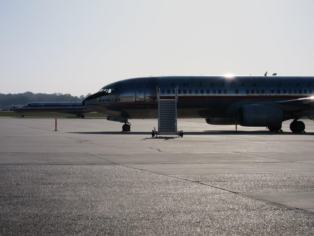 The Astrojet (N951AA), Бейкер