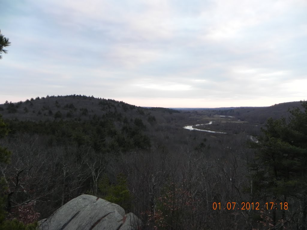 Blackstone River Valley view from the look out ledge, Вест-Бойлстон