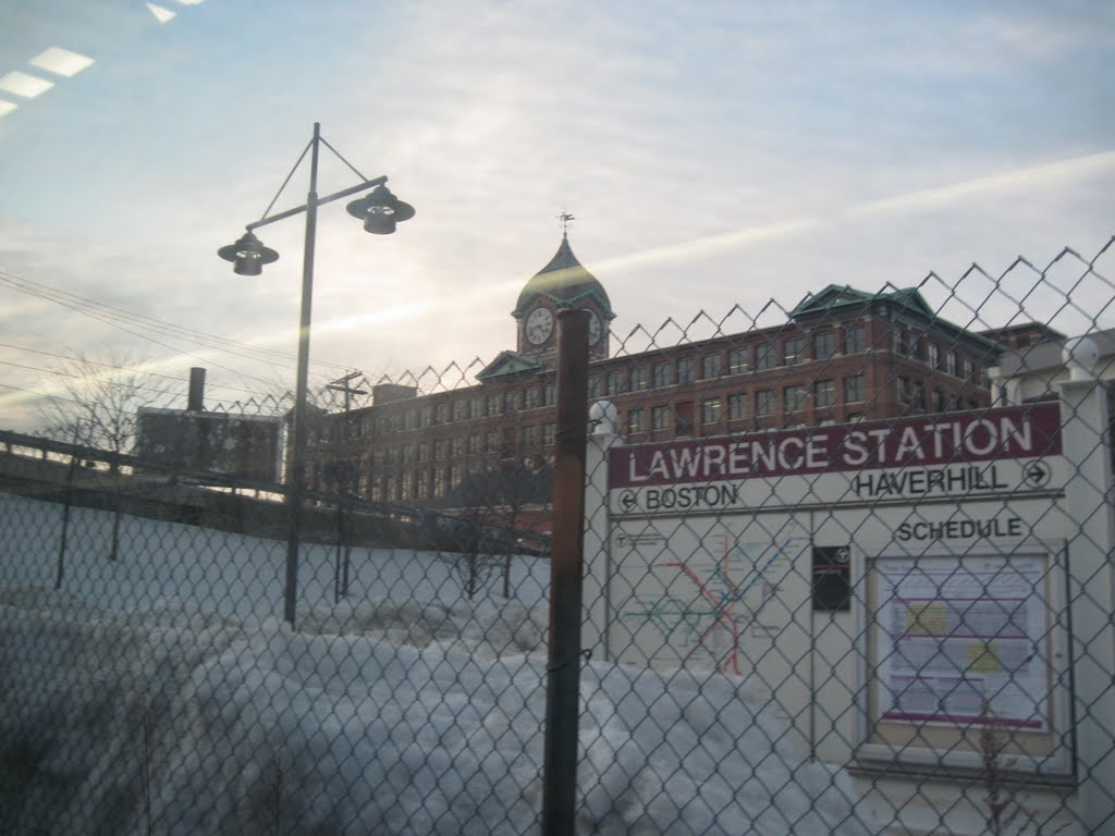 Lawrence MBTA Station, Лоуренс