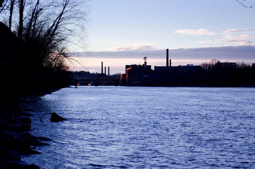 Chilly Evening by the Merrimack, Lawrence, Лоуренс