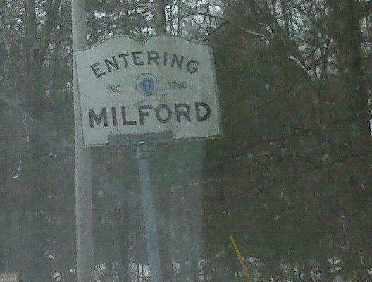 Entering Milford, Mass INC. 1780, Метуэн
