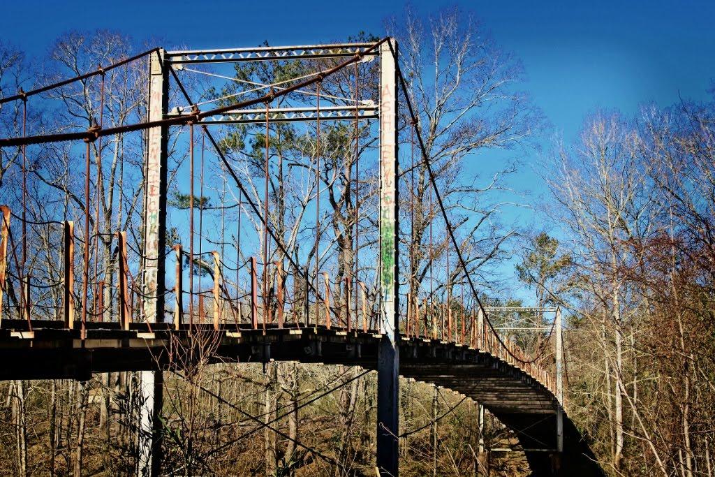 Byram Swinging Bridge - Built 1905, Паулдинг