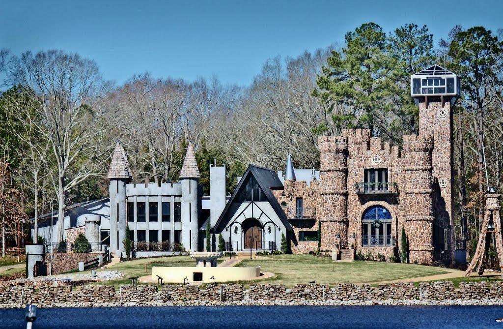 McGees Castle - Built 1973, Сумнер
