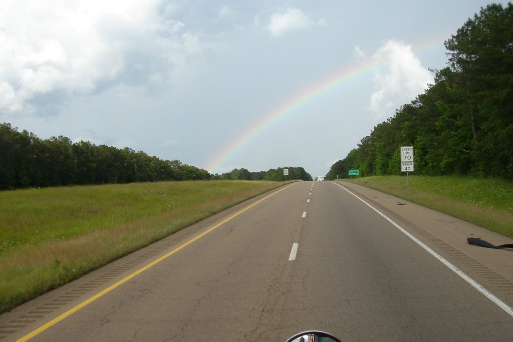 Rainbow on i 20, Тилертаун
