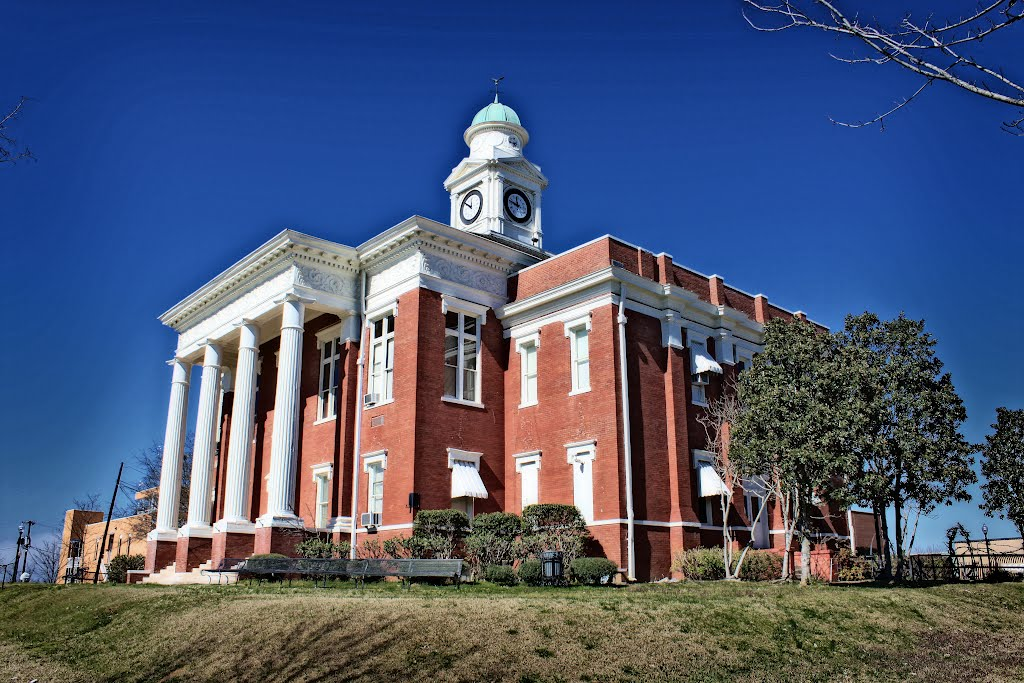 Attala County Courthouse - Built 1897 - Kosciusko, MS, Флаууд