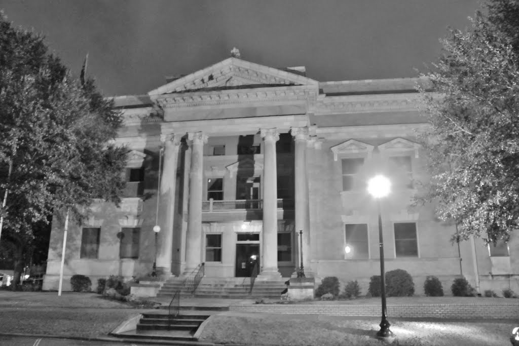 Jones County Courthouse - Built 1907 - Laurel, MS, Хармони