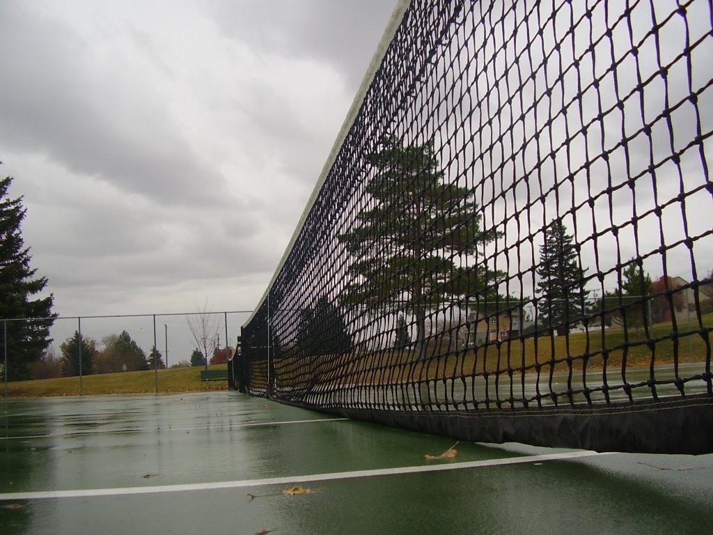 Tennis Courts, Хелена