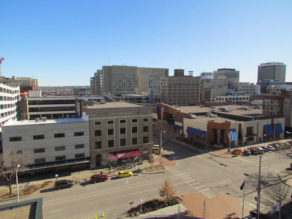 An east-south-easterly view of the intersection of N. 11th and P Streets, from Room 830 at the Embassy Suites-Lincoln Hotel and Conference Centre, 1040 P St., Lincoln, Nebraska, Линкольн
