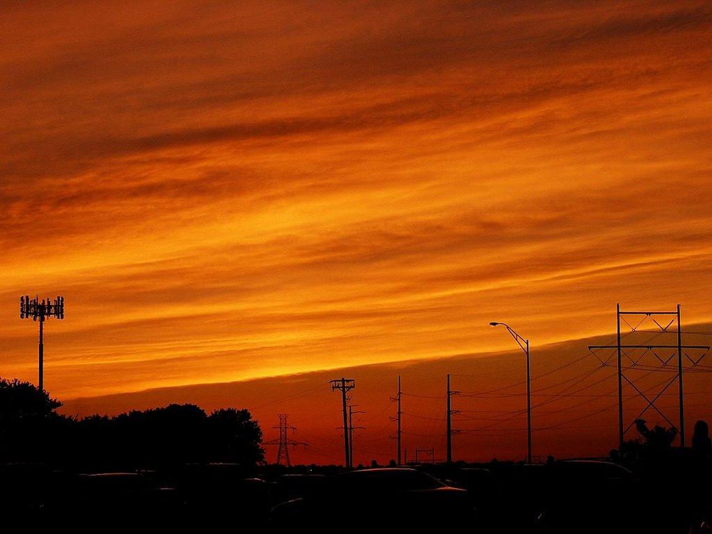 Sunset on the 4th of July, Папиллион