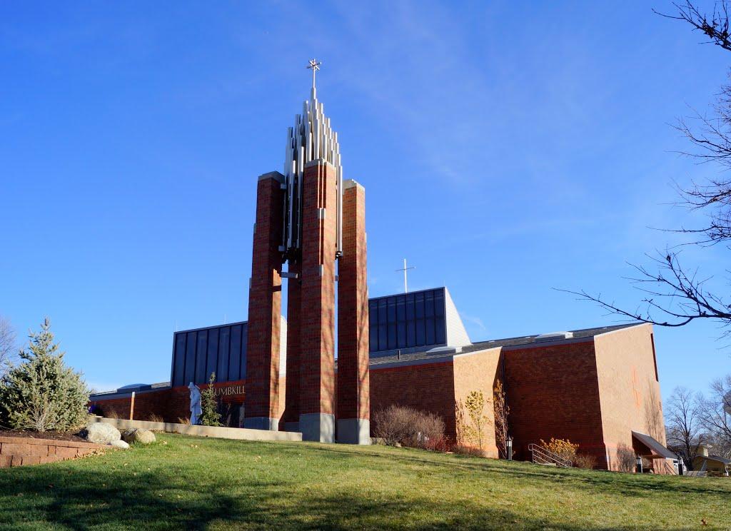 Papillion, NE: St. Columbkilles Catholic, Папиллион
