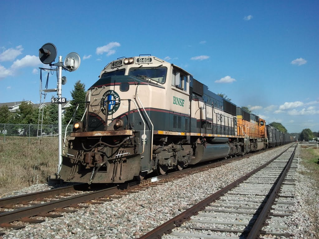 BNSF Coal Train Growls uphill Going West, Ралстон