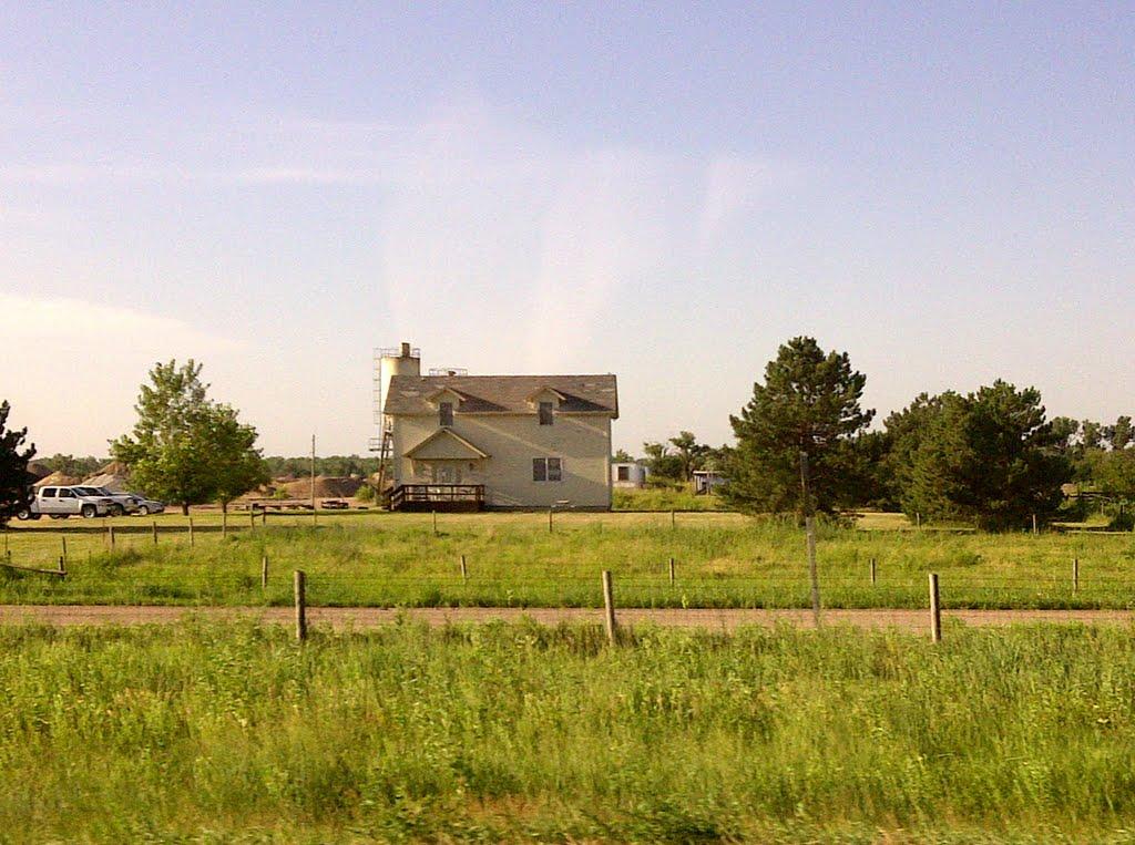 2011, Grant, NE, USA - country home, Скоттсблуфф