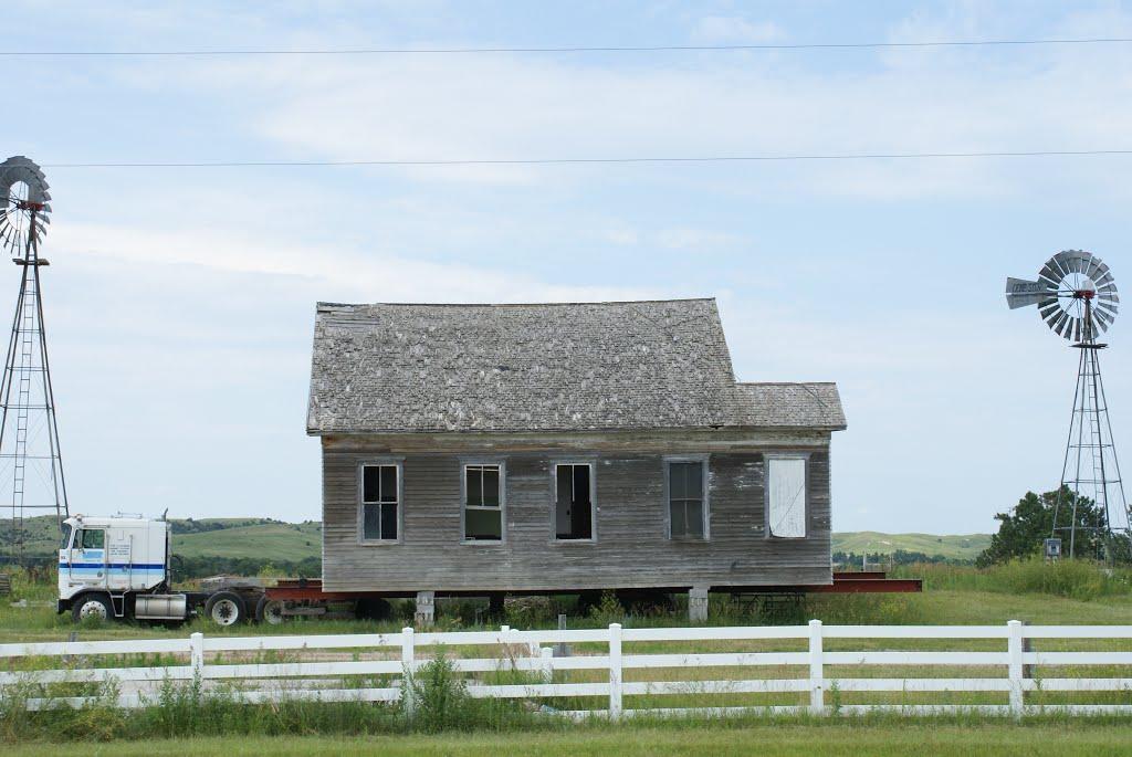 Comstock, NE: house on wheels, Скоттсблуфф