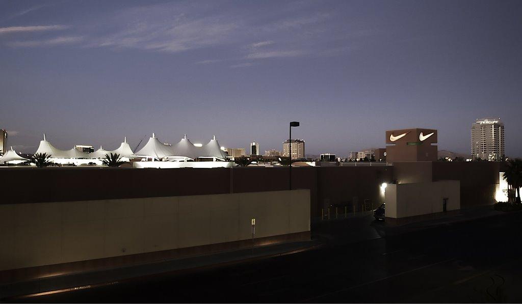 Premium Outlet in Las Vegas, set 2009, Лас-Вегас