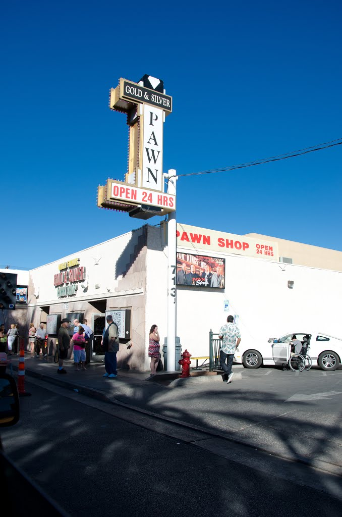 """Gold & Silver Pawn - Home of the History Channel Show """"Pawn Stars"""", Лас-Вегас"""