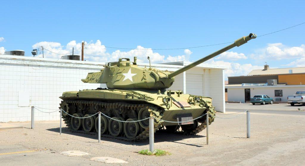 The Tank, Овертон