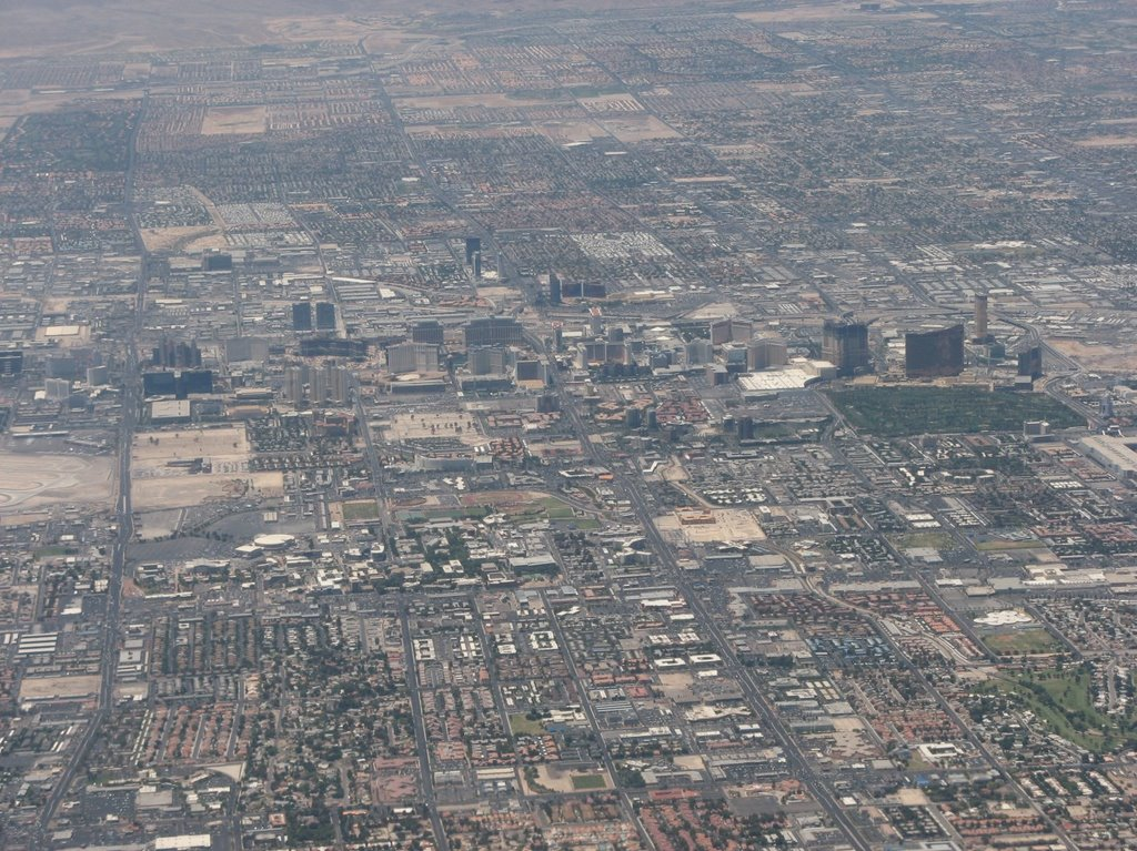 Las Vegas from the air, Парадайс