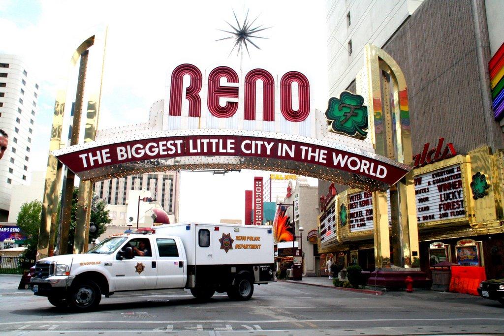 Reno; Entrance, Рино