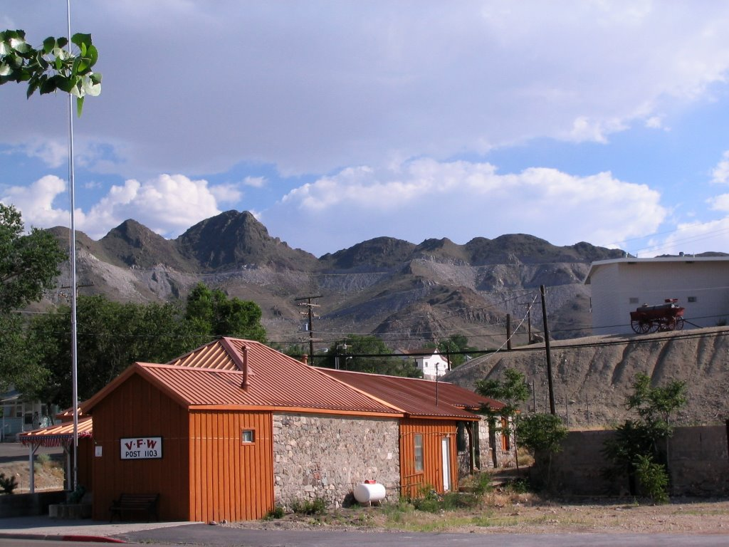 VFW Post, Mountains; Tonopah, Тонопа