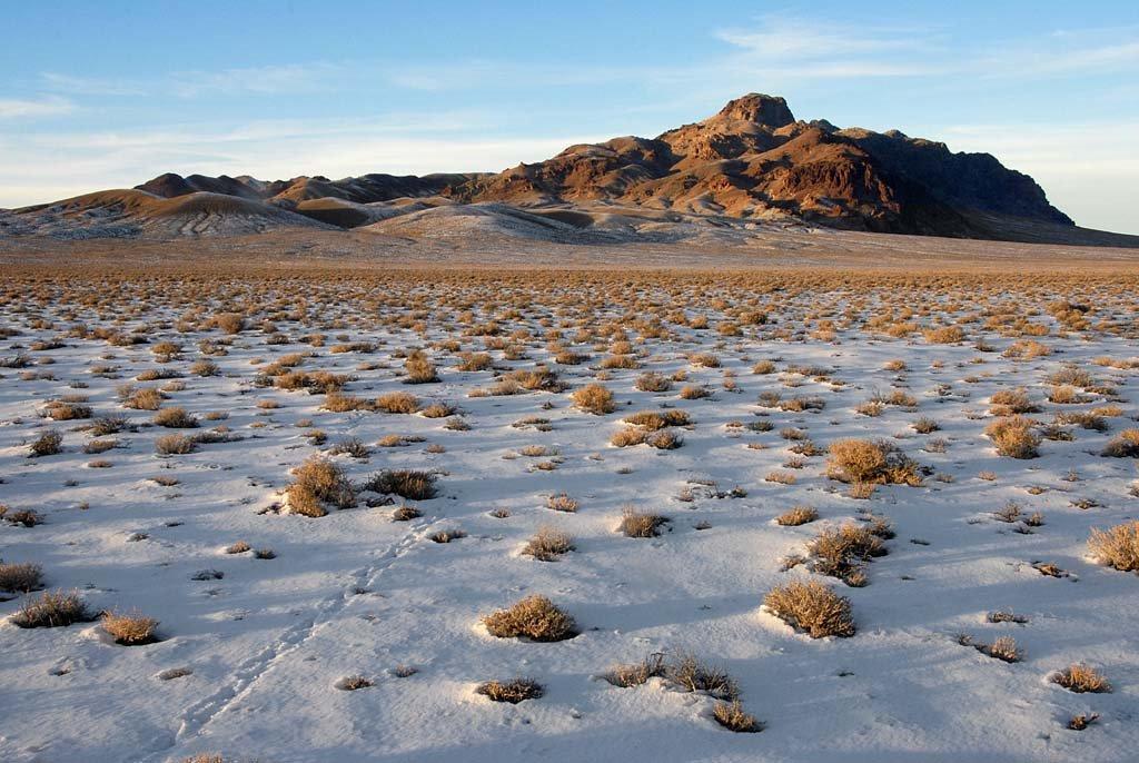 South end of the Toiyabe Range - 200801LJW, Хавторн