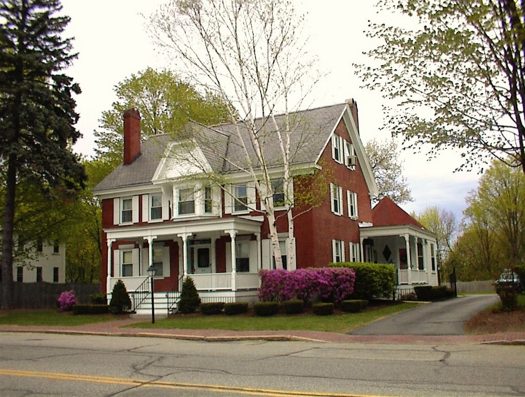 87 Portland Ave, Dover NH, Довер