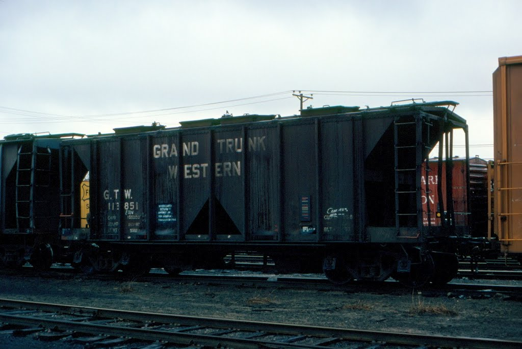 Grand Trunk Western Railroad Covered Hopper No. 113851 at Concord, NH, Конкорд