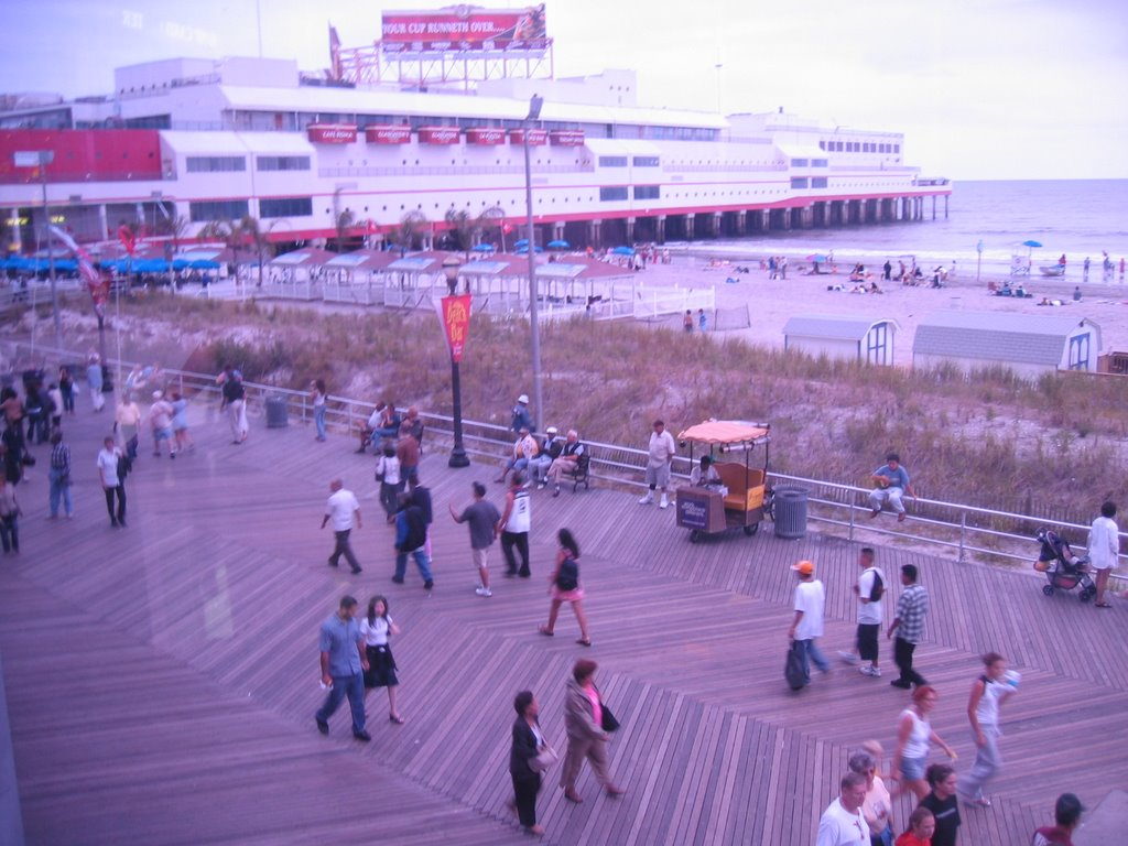 Atlantic City View fro Ceasars (Umm, Color Off), Атлантик-Сити