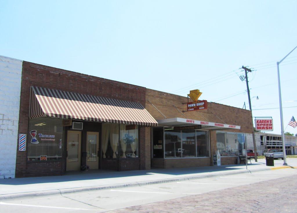 Daves Pawn Shop, Кирни