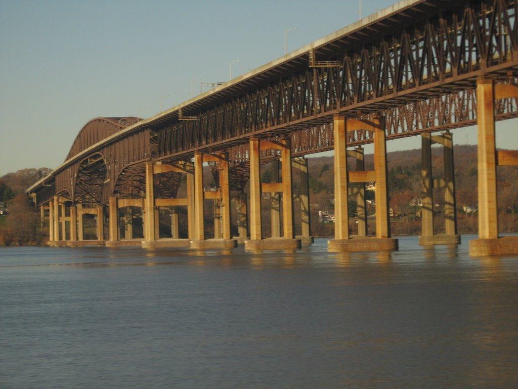 Newburgh-Beacon Bridge from Amtrak, Бикон