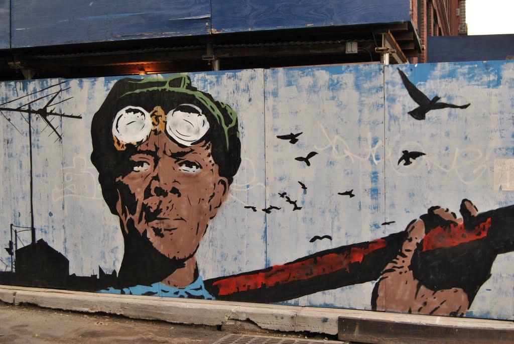 Mural in DumboDumbo (Down Under the Manhattan Bridge Overpass) at Brooklyn - NYC - USA, Бруклин