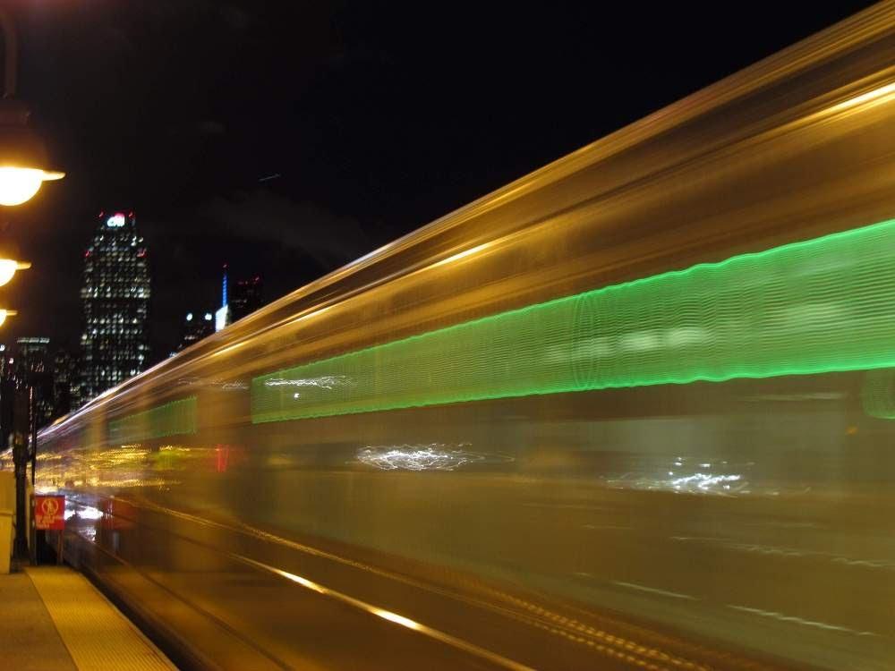 Arriving 7 Train, Вудсайд