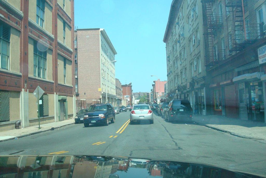 New Main, Yonkers (10701), Йонкерс