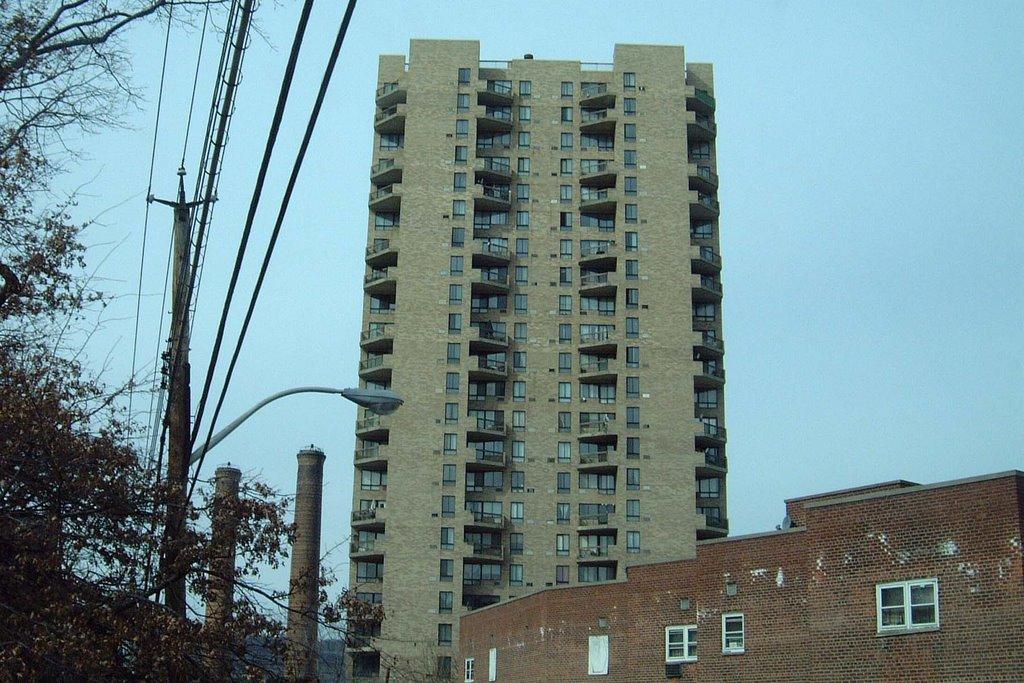 1 Glenwood Ave, Yonkers, NY, Йонкерс