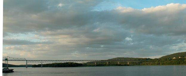Hudson River & Rip van Winkle Bridge, Катскилл