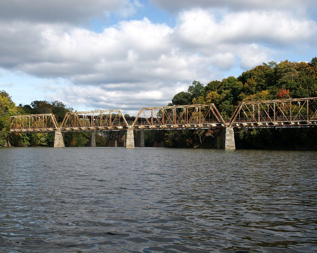 Abandoned Railroad Bridge over Catskill Creek, Catskill, New York, Катскилл