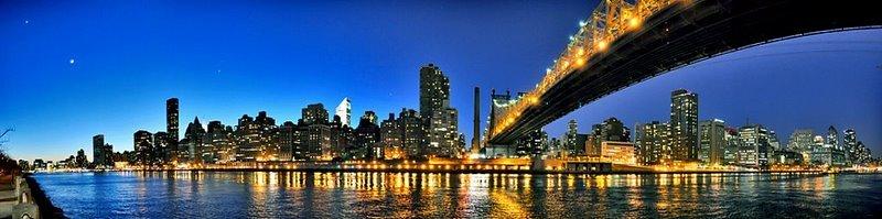 Manhattan, Queensboro Bridge y Luna, Квинс