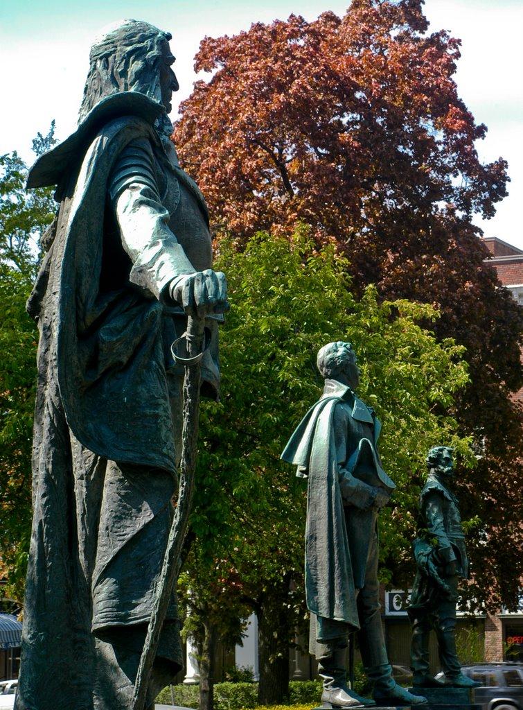 Kingston statuary, Кингстон