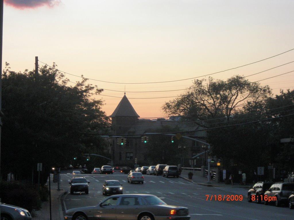 Great Neck Plaza, Лейк-Саксесс