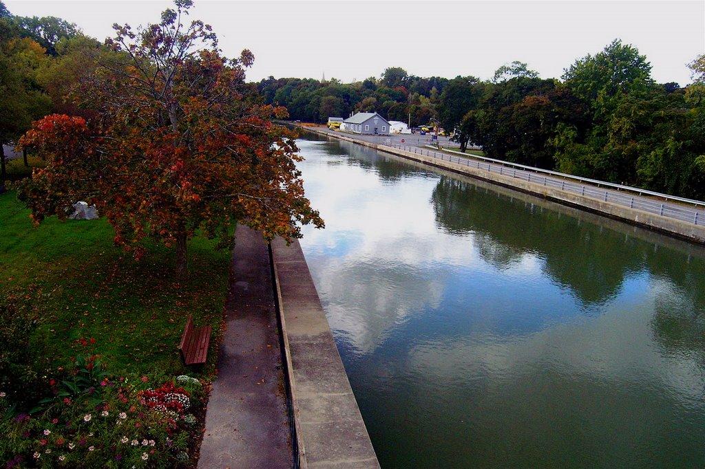 View from Exchange Street Bridge, Локпорт
