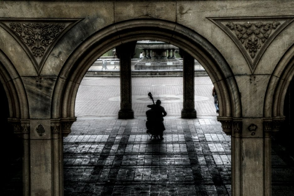 "Central Park, New York City, ""Violoncellist"", Манхаттан"