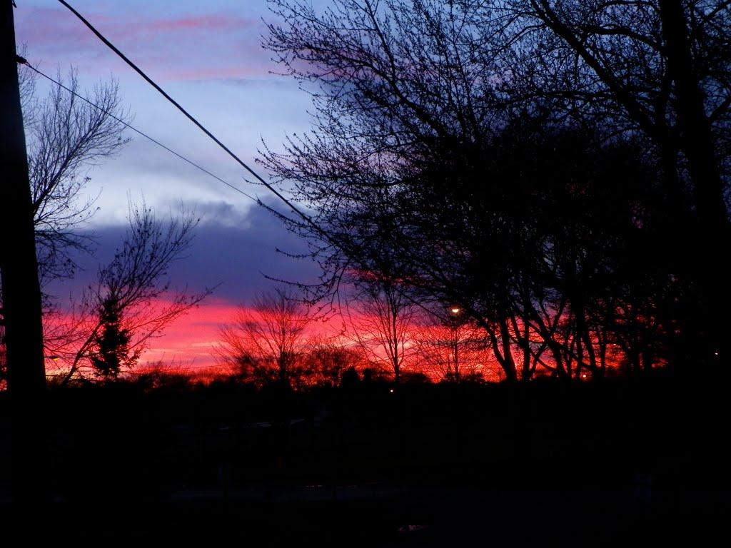 East Syracuse sunset, Миноа