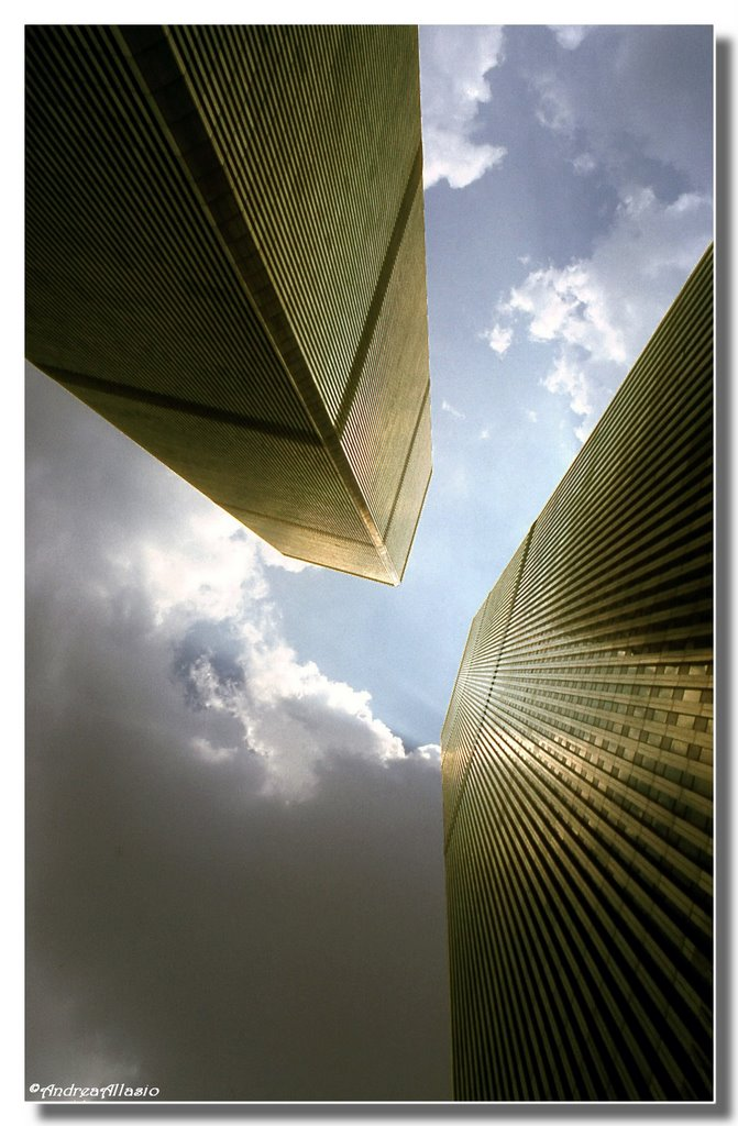In memory of life - (WTC, slide from June 1986) - Winner of CSP Aug 2010, Нью-Виндсор