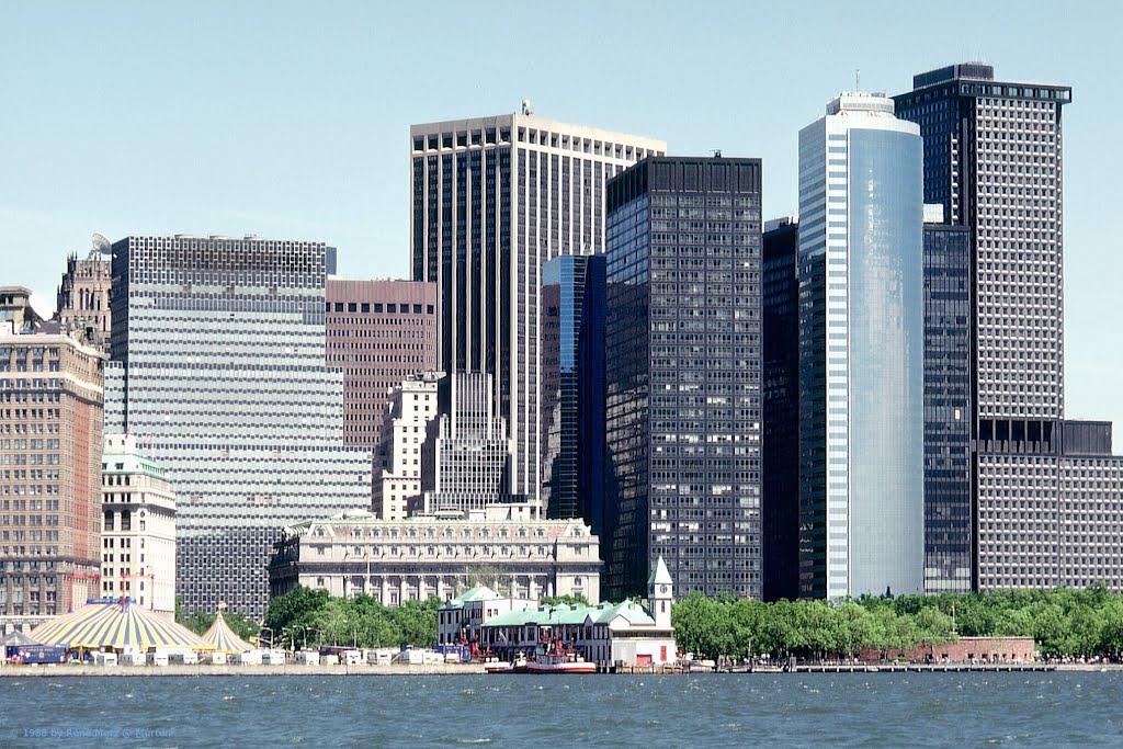 New York, Manhattans modern and old Buildings, Нью-Йорк