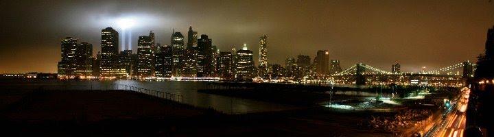 9/11 10 year anniversary Twin Tower memorial lights., Нью-Йорк-Миллс