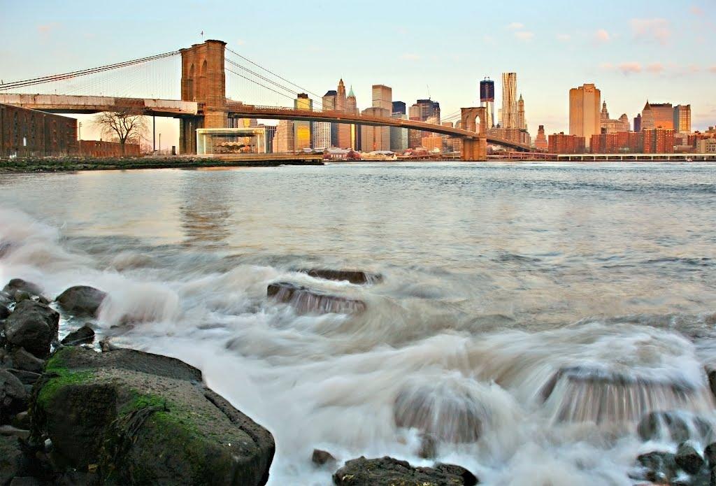 CONTEST MAY 2012, New York, View To The  Brooklyn Bridge & Manhattan, Нью-Рочелл